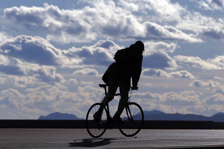 Atracaba con pistola y huía en bicicleta