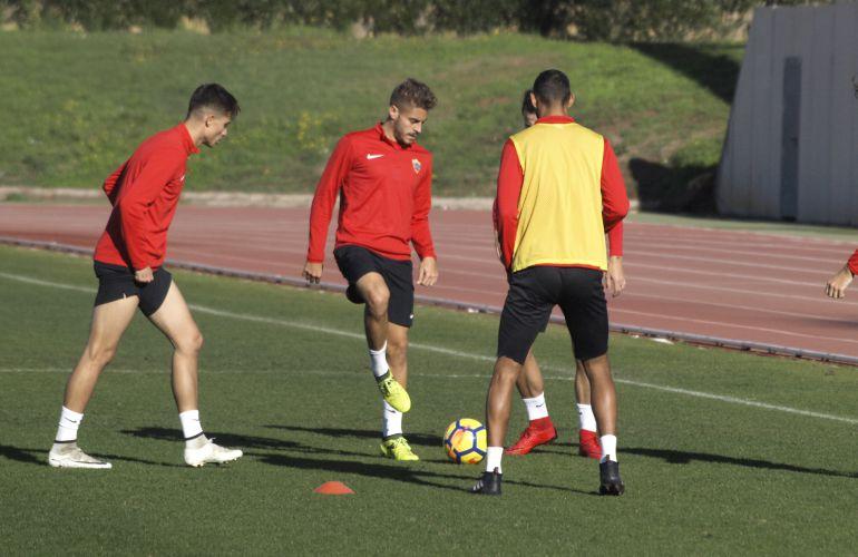 Antonio Navas con el primer equipo.