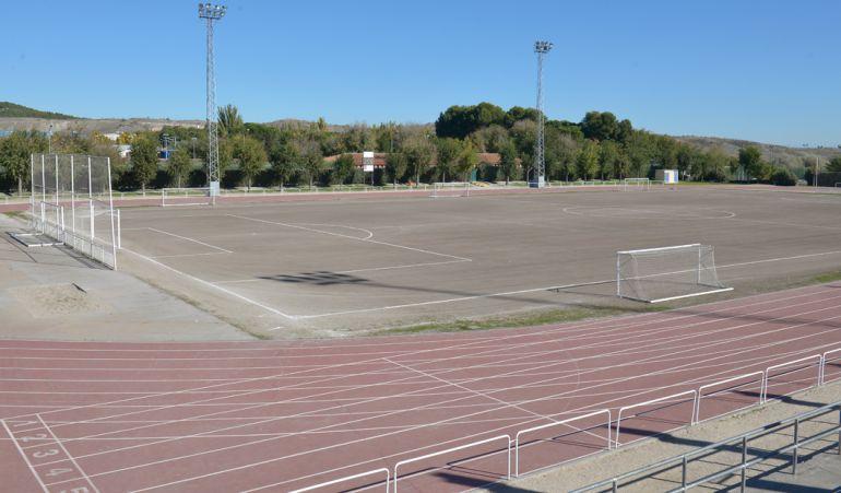 La Comunidad se encargará también de remodelar las pistas de atletismo junto al campo principal