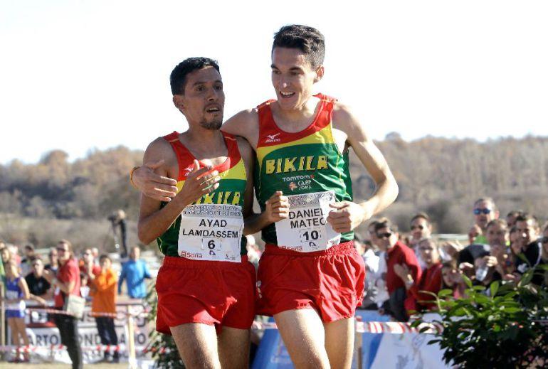 Daniel Mateo, junto a Landassem, en el Cross de Soria.