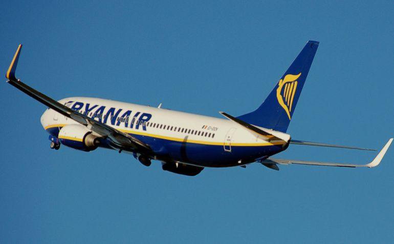 Ryanair suspende sus vuelos desde Foronda a Tenerife entre abril y junio