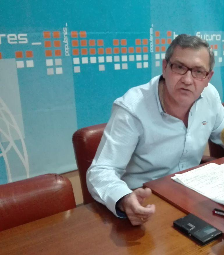 Adolfo Canedo en la sede del PP