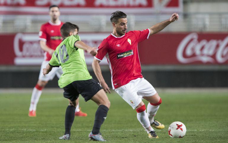 Un Real Murcia sin profundidad empata con el Recre y es incapaz de meterse en playoff