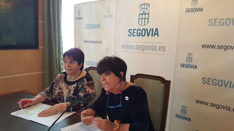 La alcaldesa de Segovia, Clara Luquero y la concejala de Patrimonio y Cultura, Claudia de Santos presentan los proyectos que la ciudad llevará a FITUR.