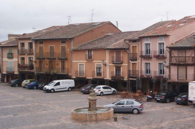 Imagen de la Plaz Mayor del municipio de Ayllón