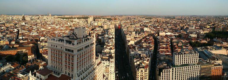 Carmena suspenderá durante un año la concesión de licencias para pisos turísticos