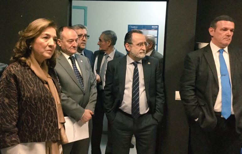 Visita a las instalaciones del IBGM de la secretario de Estado de i+d+i, Carmen Vela