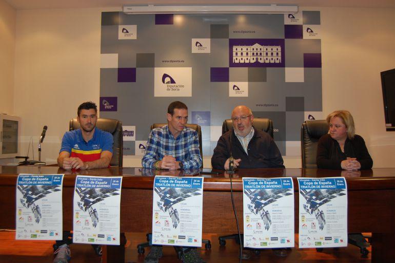 Rubén Andrés, Amancio del Castillo, Amancio Martínez y Asunción Medrano, durante la presentación de la prueba.