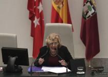 """Un """"error"""" de Carmena evita que Dancausa sea reprobada por el Pleno"""