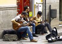 Madrid elimina el examen de Botella a los músicos callejeros y delimita los sitios para tocar