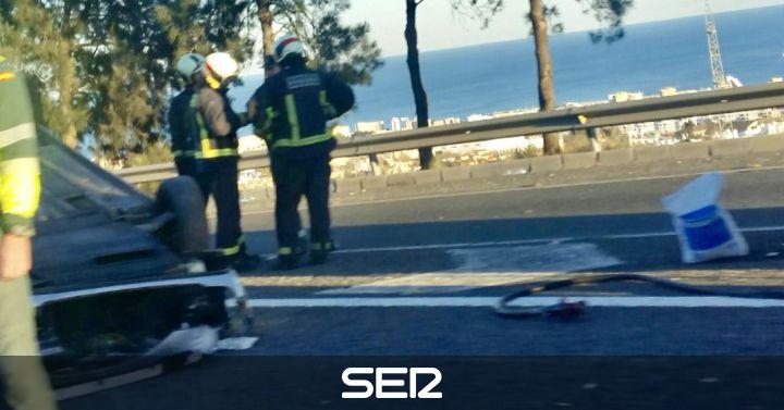 Un grave accidente de tr fico provoca importantes - Telefono de trafico en malaga ...