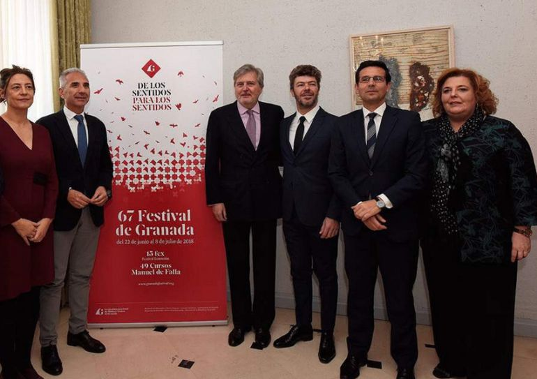 Presentación del Festival en Madrid con la presencia del ministro de Cultura y el consejero del ramo, el alcalde de Granada y la diputada provincial de Cultura