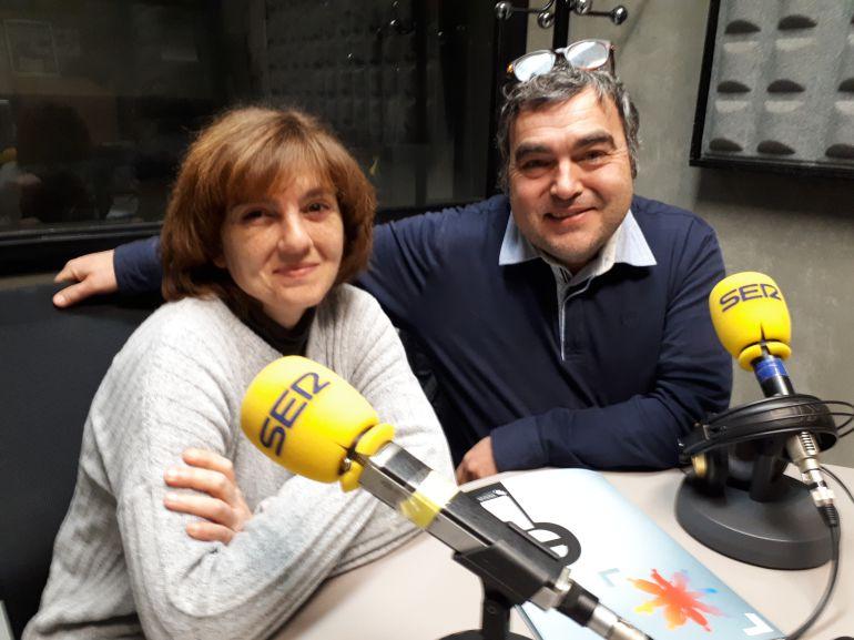 Mertxe Bakero y Agus Gómez, integrantes de la asociación 'Amaña es la caña'