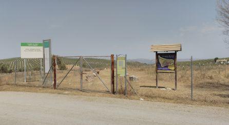 Entrada al recinto arqueologico de Bruñel que ahora será correctamente perimetrado para su protección