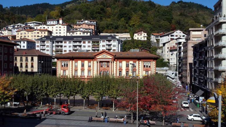 La orografía de Eibar no facilita la construcción de bidegorris en la ciudad