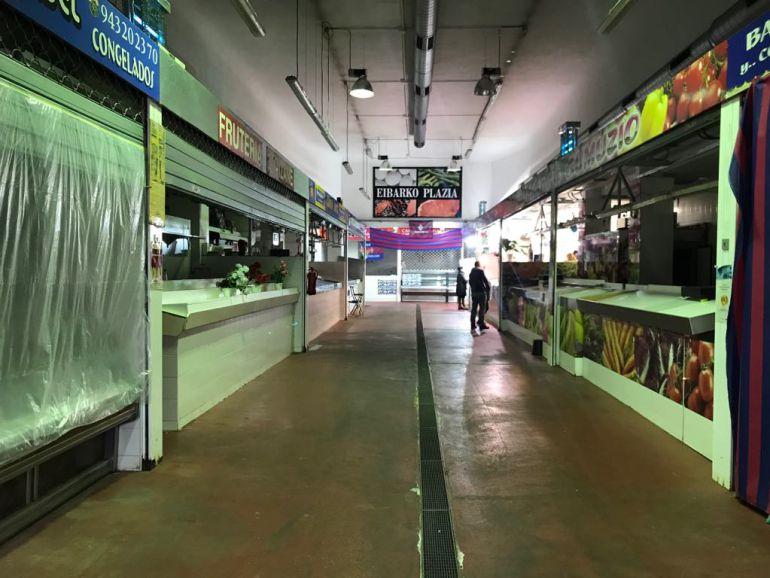 Interior de la plaza del mercado de Eibar