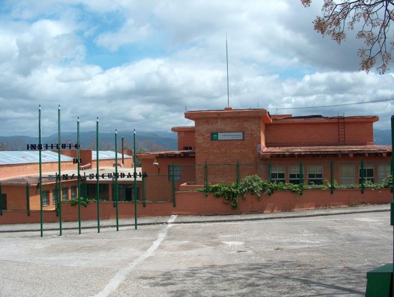 """El edificio sobre el que se actua, es el antiguo de formación profesional """"Vera-Cruz"""""""