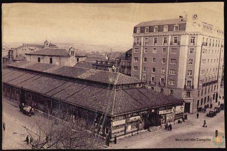 Imagen del antiguo mercado en la Plaza de España