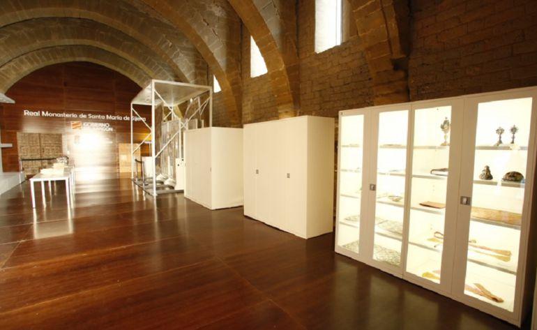 Sala de exposiciones en el Monasterio de Sijena
