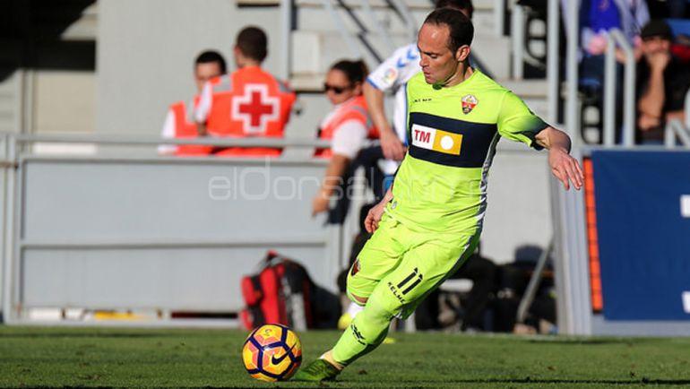 Nino salvó al Elche de la derrota en Son Malferit con un gol en el minuto 92