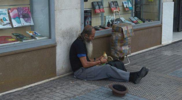 Cáritas considera muy importante que las personas sin hogar tengan una alternativa para dormir estos días.