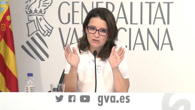 SERVICIOS SOCIALES: El modelo de dependencia planteado por Mónica Oltra no funciona