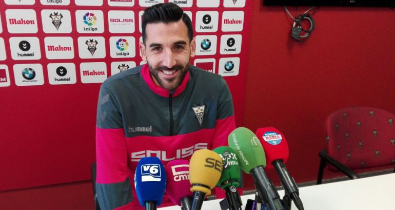 """Tomeu Nadal: """"El Oviedo tiene una afición que empuja mucho"""""""