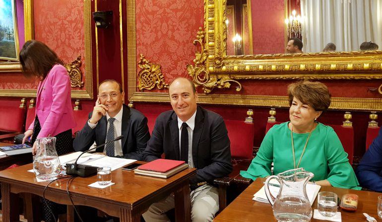 Imagen de archivo de un pleno con los concejales del PP Rocío Díaz (i), Fernando Egea, Juan García Montero y Telesfora Ruiz