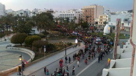 Un momento durante la rúa de Sant Antoni