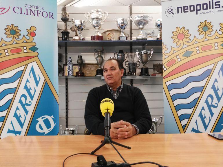 Vicente Vargas durante una rueda de prensa esta temporada