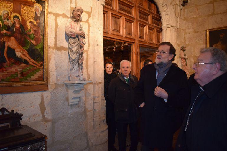 Mariano Rajoy durante su visita a la Catedral de Palencia