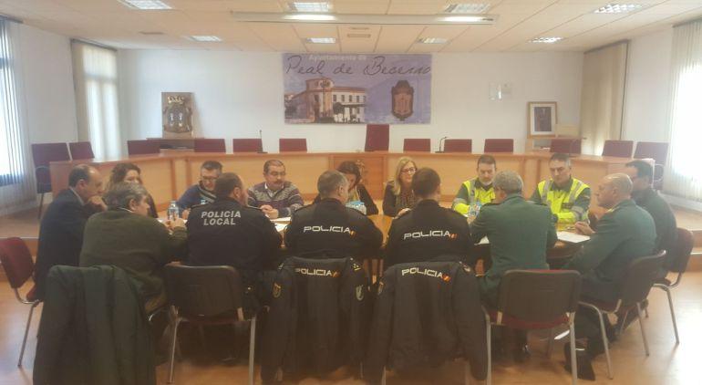 Reunión de coordinacion para la seguridad ciudadana en Peal de Becerro