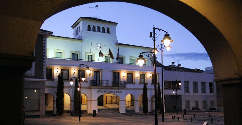 El ayuntamiento se teñirá de rojo como homenaje a Josefina Samper