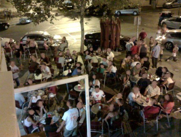 Ruido Málaga: Los vecinos contra las terrazas ven complicado el consenso con los hosteleros