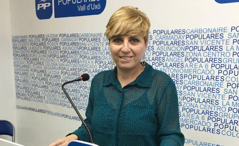 """DEPENDENCIA: Elena Vicente Ruiz: """"Tendrán que cambiar de modelo porque no es eficiente"""""""