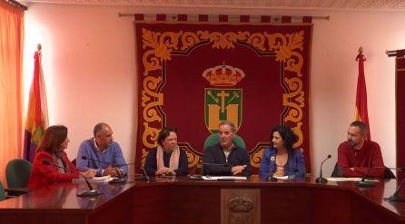 Las ayudas a emprendedores fueron entregadas en el salón de plenos del ayuntamiento de Quesada