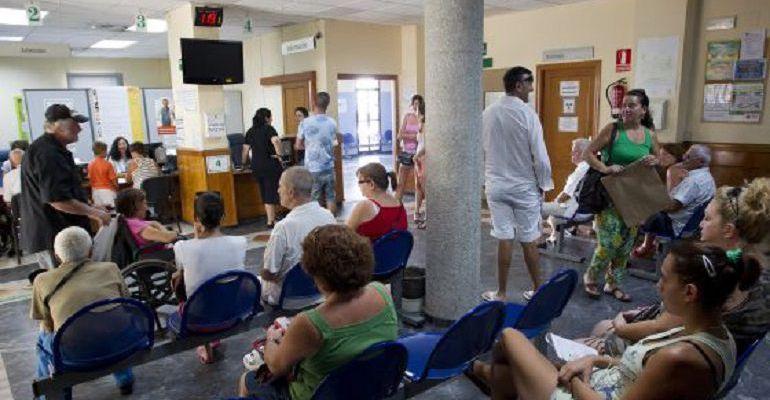 La lista de espera sanitaria ha aumentado para las operaciones y se ha reducido para consultas externas