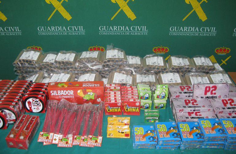 Intervenidos más de 11 kilos de artefactos pirotécnicos vendidos ilegalmente