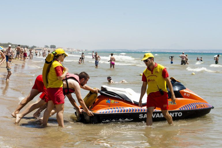 Socorrismo y salvamento en playas