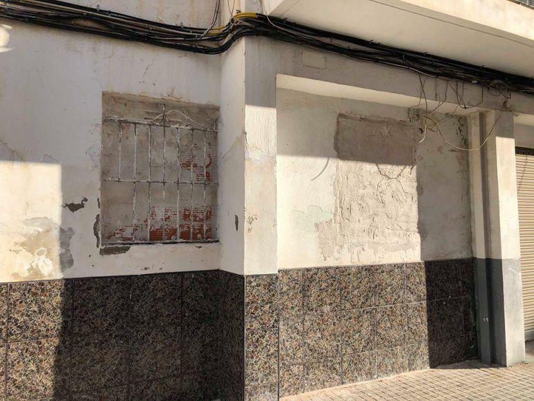 Viviendas tapiadas en barrio San Antón Elche
