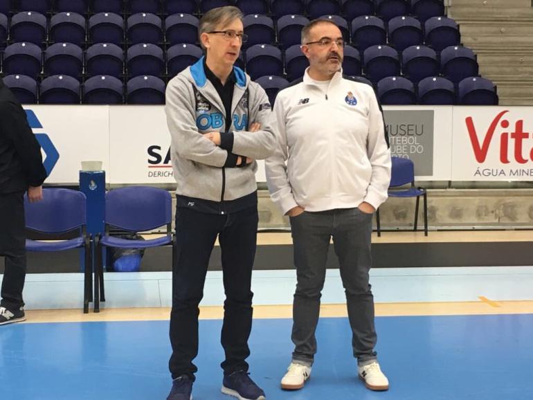 Moncho Fernández y Moncho López, entrenadores del Monbus Obradoiro y Porto