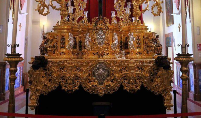 Andas procesionales que en la actualidad saca el Cristo de la Expiración