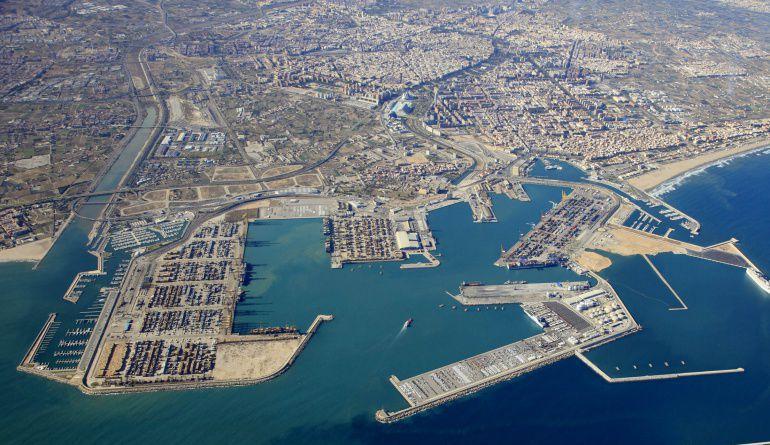 Imagen aérea del Puerto de Valencia