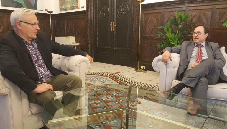 El alcalde, Joan Ribó, y el conseller de Hacienda, Vicent Soler, en su reunión de hoy