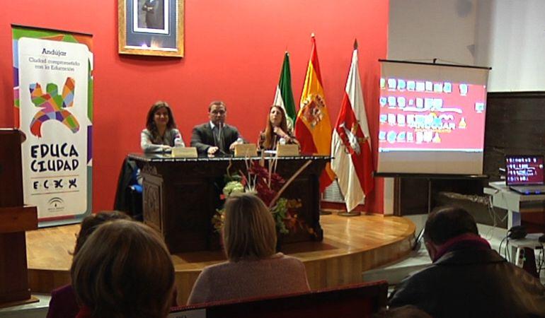La Consejería de Educación de la Junta presenta el premio Educaciudad 2016 concedido al municipio de Andújar
