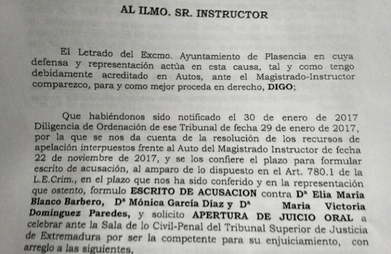 Fragmento del escrito de acusación del Ayuntamiento de Plasencia en el caso Santa Bárbara