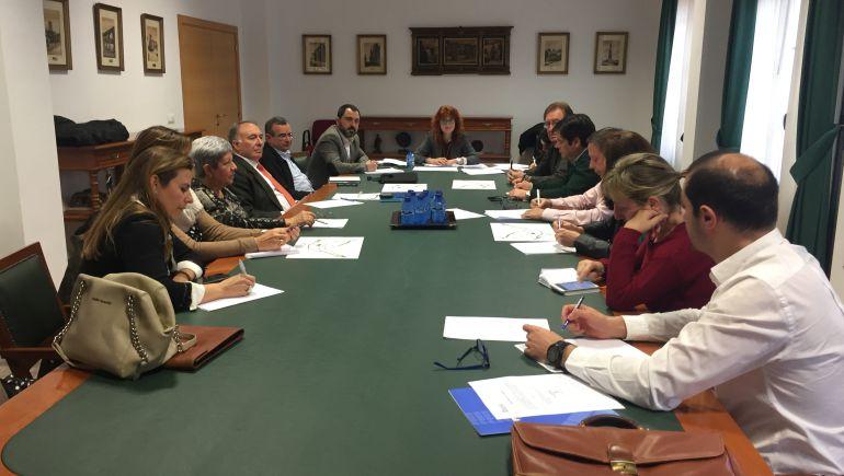 El Ayuntamiento lidera la puesta en marcha de un nuevo plan de dinamización con los comerciantes