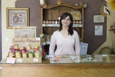 María José Gámez, en el despacho de Apisierra.