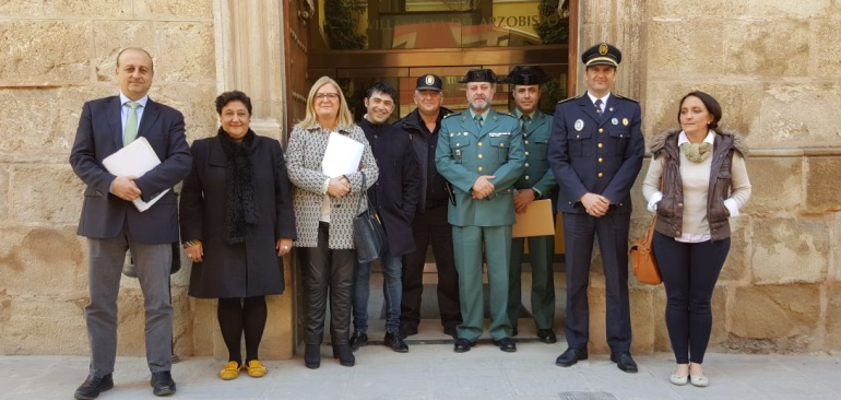 Autoridades presentes en la Junta Local de seguridad Ciudadana de Villanueva del Arzobispo del martes 20 de febrero