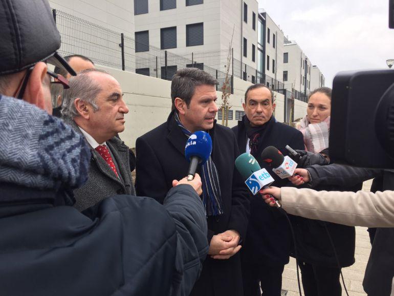 El Gobierno Vasco culmina el desarrollo de 128 viviendas de protección oficial en el barrio de Oinaurre